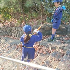 厳島神社の清掃を行いました